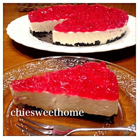 今週末のデザートはお庭のジューンベリーを使ったレアチーズケーキ♡  庭で採れた果物でお菓子を作る夢が実現しました(*^^*) - 215件のもぐもぐ - ジューンベリーレアチーズケーキ by chiesweethome