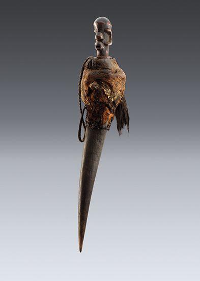Medicinal horn, Shambaa Animal horn, wood, twine, 52cm