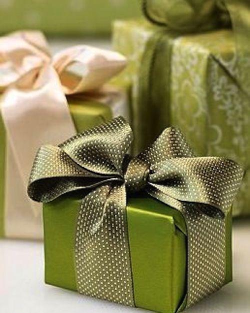 Tradicional - 30 ideias de embalagens de Natal que dá pra fazer em casa | Macetes de Mãe