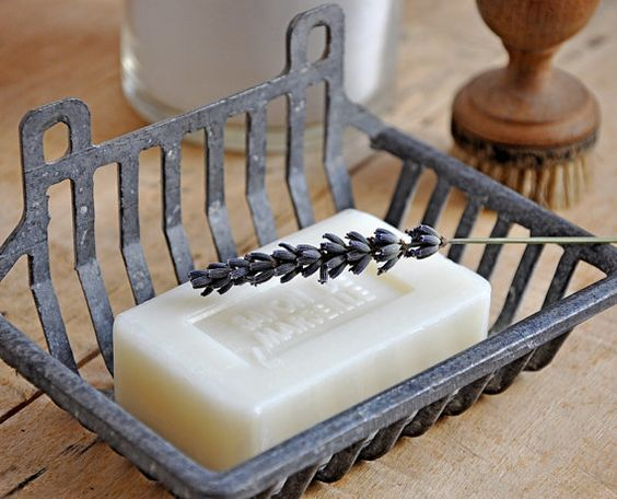 french soap dish: