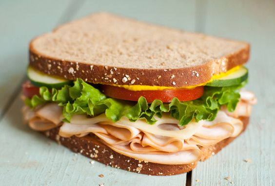 How to style a sandwich (by Tami of Running with Tweezers)