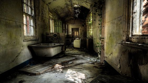 Hellingly Hospital: If the name of this English hospital isn't enough to convince you of its creepiness consider the fact that it's not really a hospital at all. It's actually an insane asylum, or rather it was an insane asylum before being abandoned several year ago.