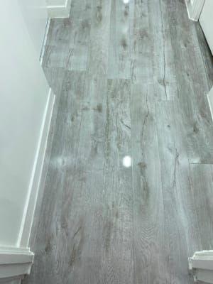 Wickes Chenai Light Grey High Gloss, Grey Laminate Flooring Wickes