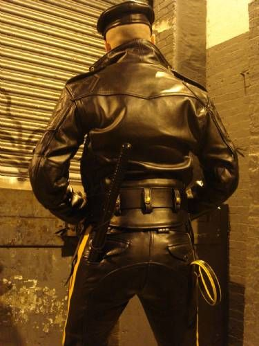 "leatherarmysport: "" #leatherarmysport """