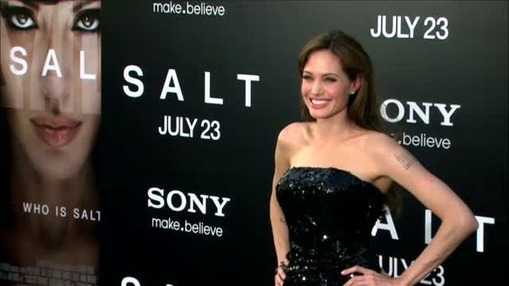 VIDEO: Angelina Jolie's Battle to Prevent Ovarian Cancer Continues - http://ontopofthenews.net/2013/05/15/entertainment/video-angelina-jolies-battle-to-prevent-ovarian-cancer-continues/