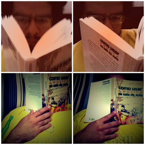 """Aquele momento em que vc se concentra pra estudar, começa a ler, e simplesmente....faz o quê? DORME!!!!  ASHUASHUASHUASHUA!!!!!  Muuuuito cansado! Dia todo só de planejamento, com dois eventos artísticos pela frente, faculdade, UFA!!  Ainda bem que tem feriado chegando. Os professores digam """"amém"""" e """"graças a Deus!"""""""