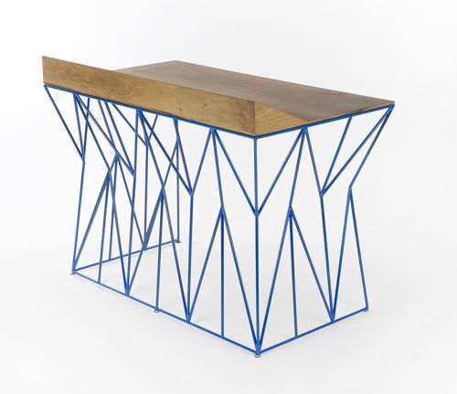 "arttickles: "" Inspired by native american design, Swiss designer Boris Dennler's creates the ""Nom de bleu!"" desk, combining 10 mm painted metal with a surface and a drawer of solid veneered walnut. "" Según el diseñador, se inspira en dibujos..."