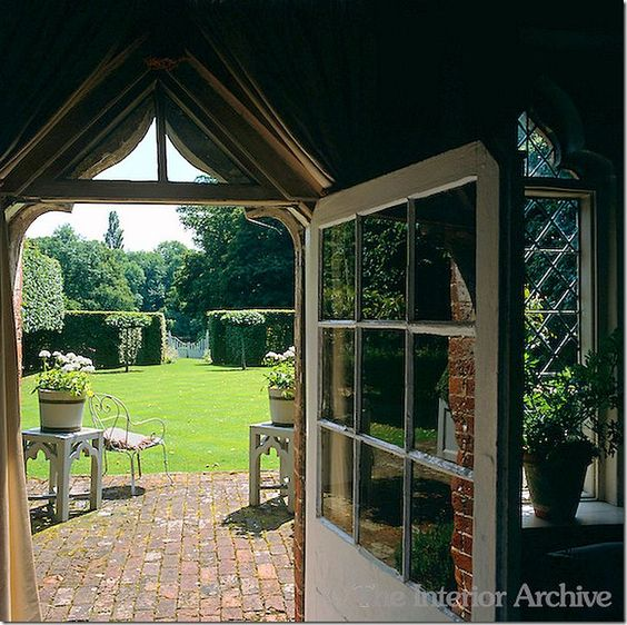 Door To Nicky Haslam 39 S English Country Home Designer Nicky Haslam Pi