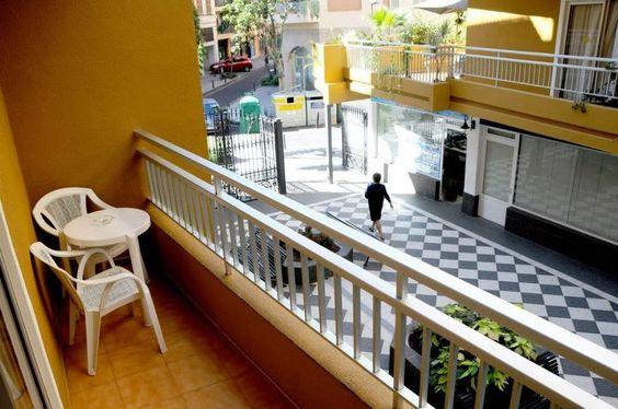 http://www.apartamentosbambi.com/