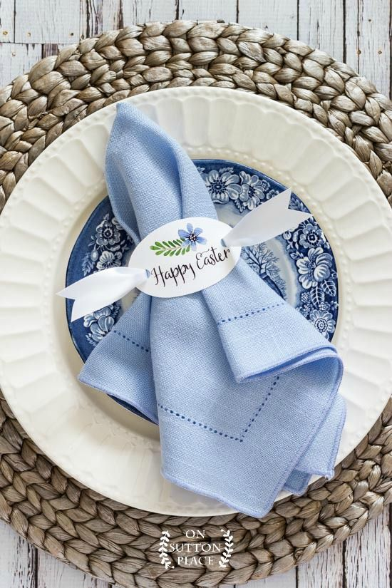 Happy Easter Napkin Rings | Free Printable | Easter table decor | Easter kids table decor | DIY Easter napkin rings | Easy Easter table ideas.