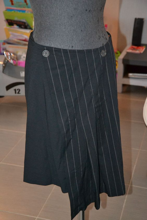 SUPERBE JUPE COP COPINE COLLECTION ANAIS TAILLE 38 TRES CHIC MISE A 17 EUROS