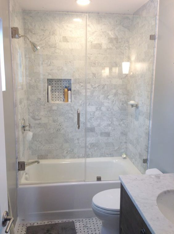 Impressive Houzz Small Bathrooms With Showers Small Bathroom With Shower Bathroom Design Small Bathroom Tub Shower Combo