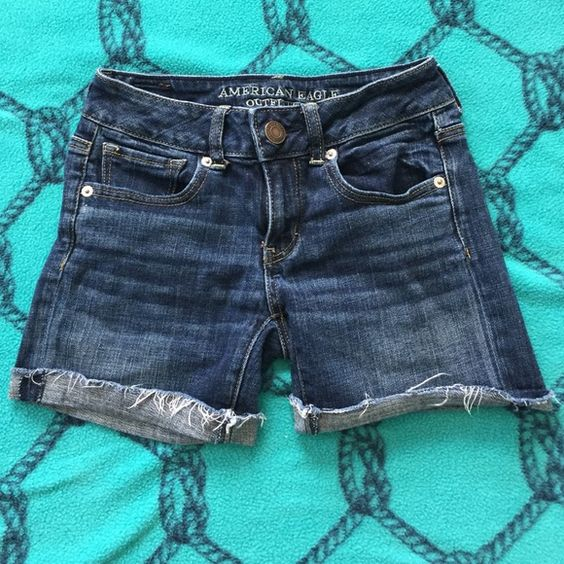 American Eagle Jean Shorts Stretch Jean Shorts!! Please make an offer!!✨ American Eagle Outfitters Shorts Jean Shorts