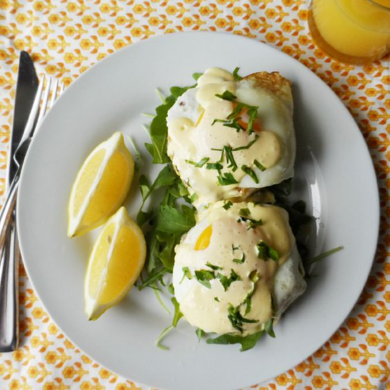 Brunch Rice Cakes with Hollandaise 5