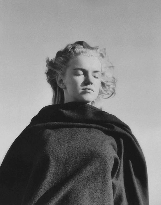 Rare Photos Of Marilyn Monroe When She Was Just 20 Years Old | Bored Panda: