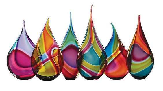 Stunning glass vessels by Ontario-based glass artist Paull Rodrigue.