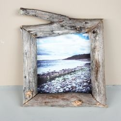 Make your own photo frame out of wooden sticks! cool idea for Gideon's room?