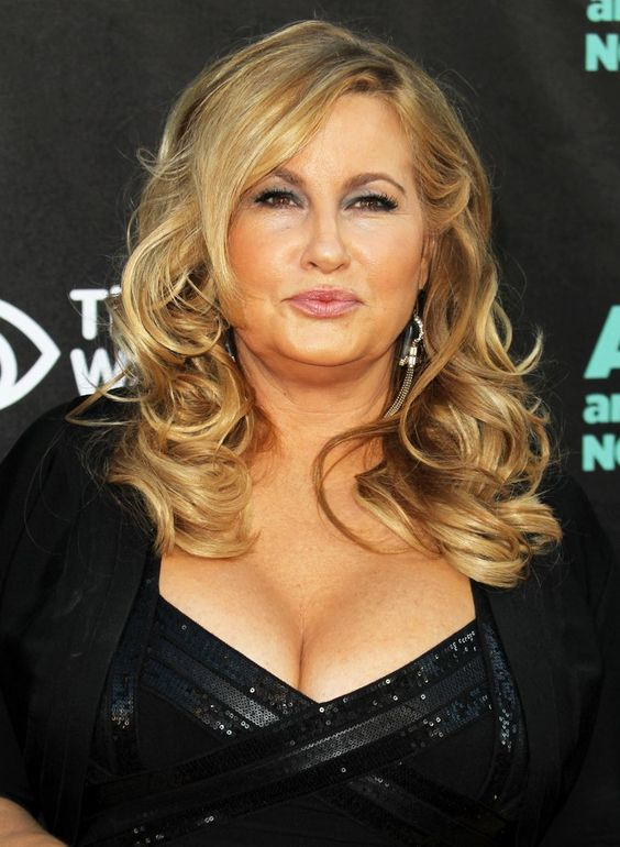 "Jennifer Coolidge. 5'10"". #JenniferCoolidge"