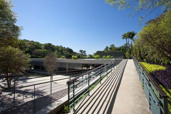 foto - vista acesso à praça superior