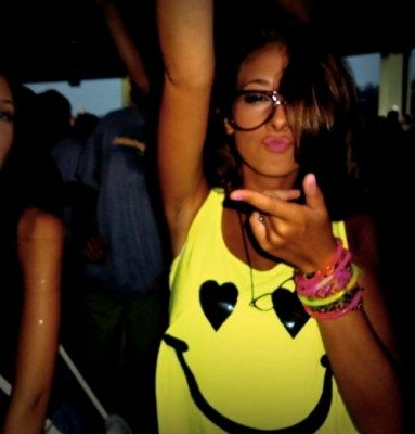 i want this shirt for the summmmerr! yellooo