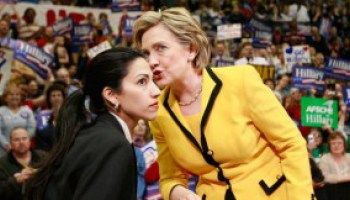 """Gennifer Flowers : Bill Clinton Told Me, """"Hillary Had Eaten More P*ssy Than He Had"""""""