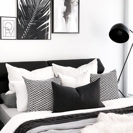 35 Inspiring Black And White Master Bedroom Color Ideas Page 22 Of 35 Bedroom Chambre A Coucher Noire Chambre A Coucher Noir Et Blanc Decoration Chambre