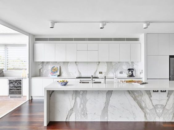 The Modern Matte Finish Is The Perfect Fit For This Marble Kitchen Give Your Interior A Clea Gray And White Kitchen White Modern Kitchen Modern Kitchen Design