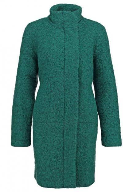 Hält dank des Stehkragens schön warm: Mantel von Samsoe&Samsoe, ca. 230 Euro