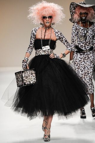 Betsey Johnson Spring 2014 Ready-to-Wear Collection Slideshow on Style.com
