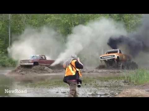 Extreme Mega Truck Jumping Monster Jam Mud Bogging Extreme 4x4