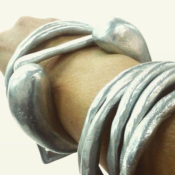 dora haralambaki Aluminium simple chic spring 2017: