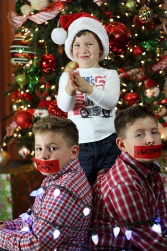 Fun photo idea for Christmas card.