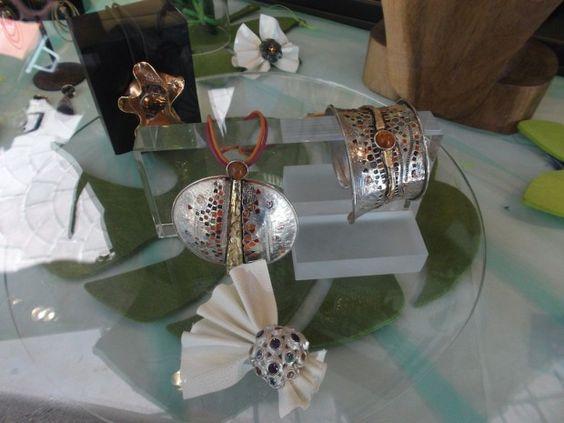 Lo Zaffiro, Via Verdi Ovest #Mestre #tuttaperme #artigiani #artigianale #orafo #moda #shopping #gioielli #bracciali