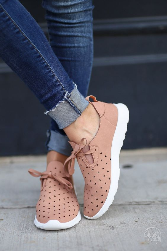 Goody Two Shoes Sneakers - Dusty Rose