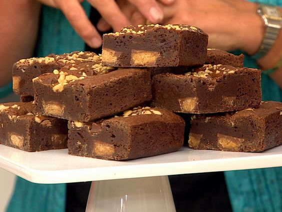 Tasty! Hoda's favorite peanut butter brownies