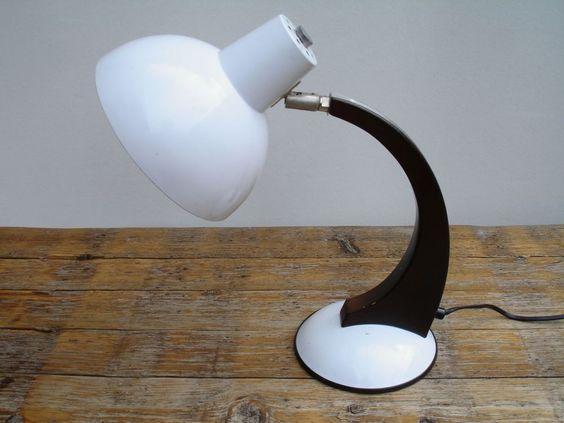 60er 70er design schreibtischlampe memphis stil interior. Black Bedroom Furniture Sets. Home Design Ideas
