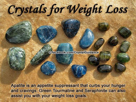 PERDER PESO -Turmalina Verde, SERAPHINITE ou apatita azul  . Recomendações adicionais: Kyanite ou citrino .  Desequilíbrios de peso estão associados com o chakra básico. A apatita Azul é especialmente benéfica como um supressor do apetite. Usar ou levar seus cristais preferidos no seu bolso.: