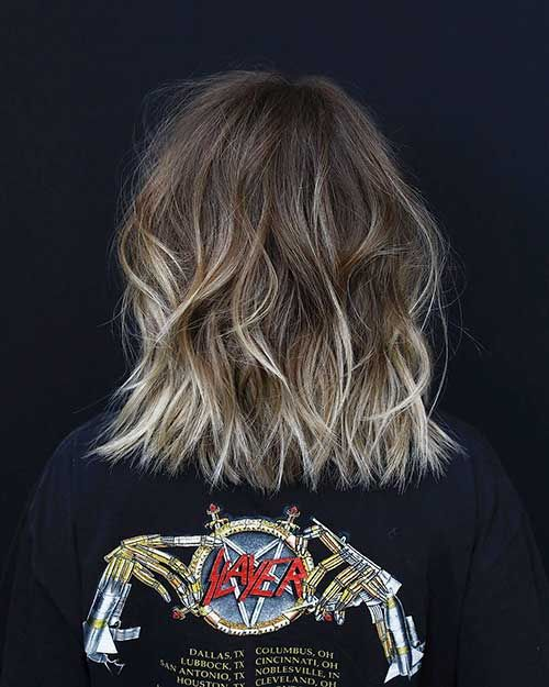 30 Back View Of Short Layered Haircuts Eazy Vibe Coupe De Cheveux Coupe De Cheveux Courte Coiffures Bob Courtes
