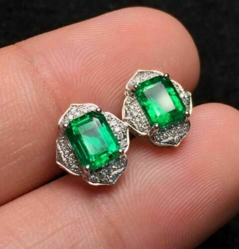 White Gold Genuine Oval Emerald and 1//4ct Diamond Halo Earrings