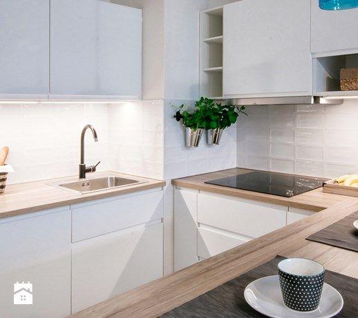 Wystroj Wnetrz Kuchnia Styl Skandynawski Projekty I Aranzacje Najlepszych Designerow Prawdziwe Inspira Simple Kitchen Design Kitchen Design Small Kitchen
