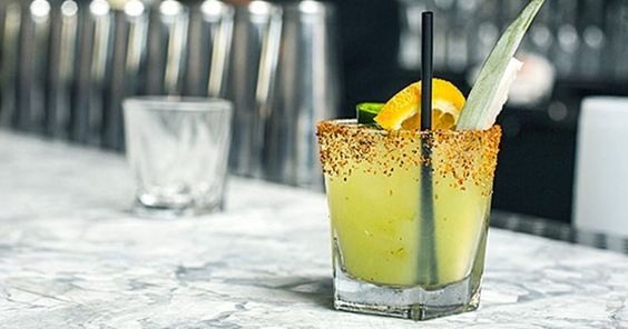 3 mezcal and tequila drinks that are perfect for the warmer weather.