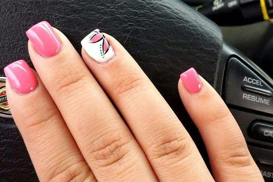 LOVE my new nail design ❤