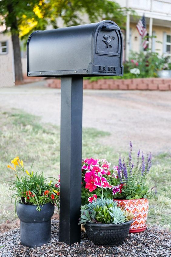 If Walls Could Talk and a New Mailbox- Mail