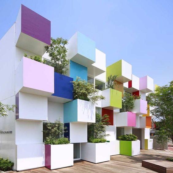 #Arquitectura #Proyecto #arquitecta Emmanuelle Moureaux  Sucursales del Banco Sugamo Shinkin #Japón  #japan #bank #modernismo #color #colours #arquitectura #architecture #facades #fachadas #colourwall #design #coolarchitecture #arquitecturamoderna #banco #cooldesign #diseño