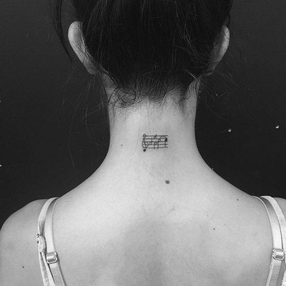 Muitas pessoas querem ter uma tatuagem, mas têm medo de se arrepender. Ou simplesmente querem alternativas discretas e delicadas.
