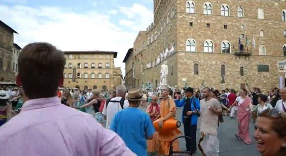 Harinama in Florence with exceptional participation from the public! (22 min video) Srila Prabhupada: Pure devotees chant the Hare Krishna mantra, and simply by hearing this chanting from a purified transcendental person, one is purified of all sinful activities, no matter how lowborn or fallen one may be. (Sri Caitanya-caritamrta, Antya-lila, 3.126 Purport) Watch it here: https://goo.gl/q5gao6