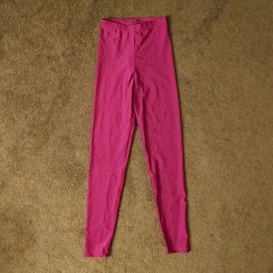 American Apparel Shiny Nylon Tricot Leggings Elastic waistband  Has a tiny snag at the knee (4th picture) American Apparel Pants Leggings