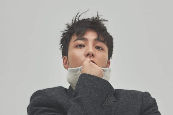Roy Kim's Agency Releases Official Statement Regarding Plans For Police Questioning