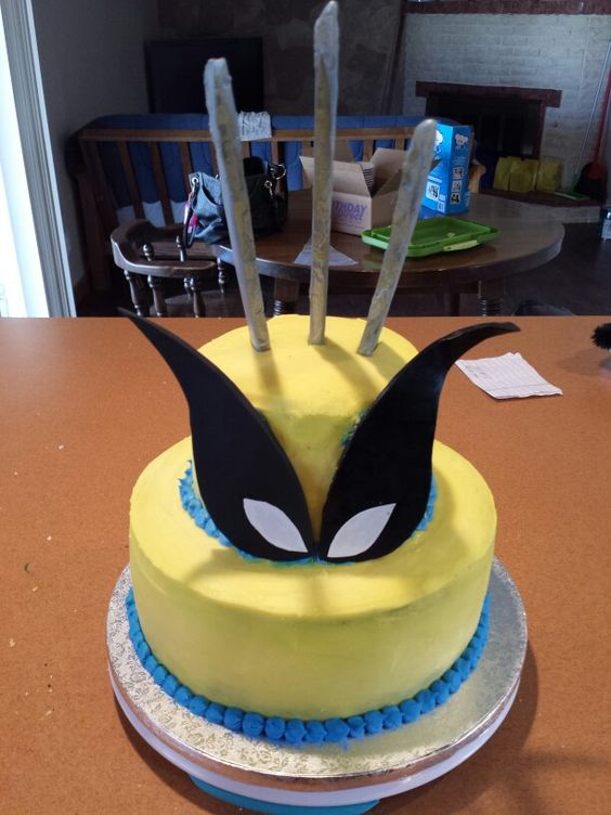 Hunters 6th Birthday Wolverine Cake My Cakes Pinterest Hunters And Wolverines