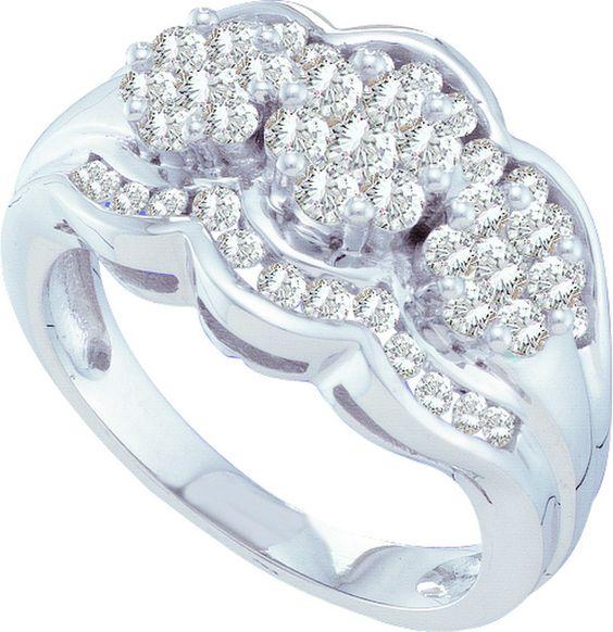 3 CT-Diamond FLOWER RING